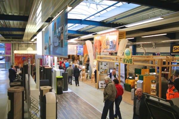Zentrum HOLZ - Showroom Wärme aus Sonne und Holz