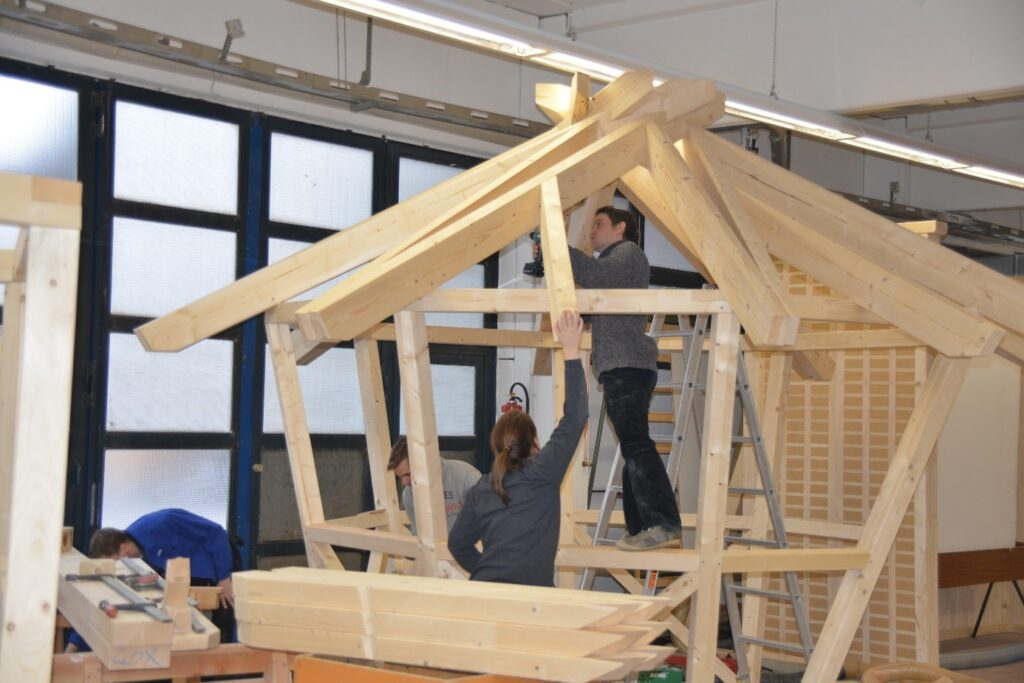 Die Förderrichtlinie 'Holz-Wissen' bietet u. a. die Möglichkeit der Förderung studentischer Projekte zur Neuentwicklung von Holzkonstruktionen (Bildquelle: Leif Peterson, FH Aachen).